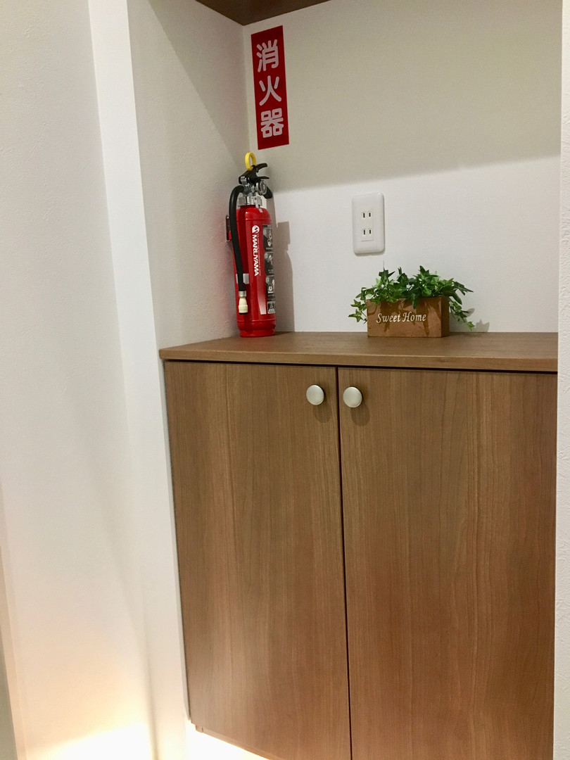 A-style Futenma エースタイル普天間 内装 設備写真 B号室玄関消化器