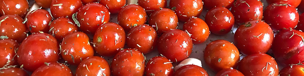 roasting%20cherries_edited.jpg