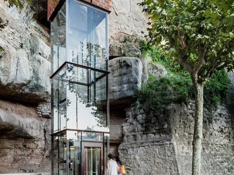 Un ascenseur urbain entre le cours Napoléon et le futur parking de la Miséricorde (1000 places)