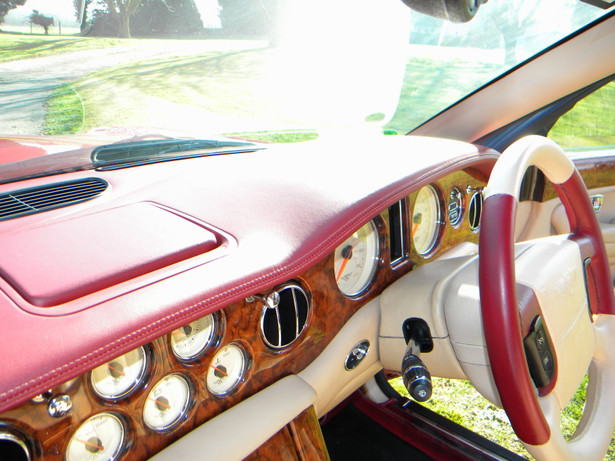 2000_Bentley_Arnage_Fireglow_15.jpg