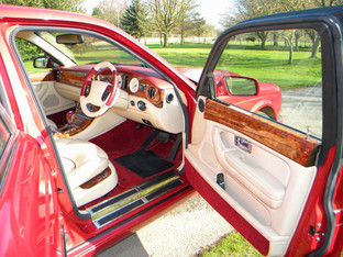 2000_Bentley_Arnage_Fireglow_12.jpg