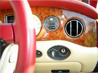 2000_Bentley_Arnage_Fireglow_32.jpg
