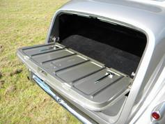 1951_Bentley Mark VI_14.jpg