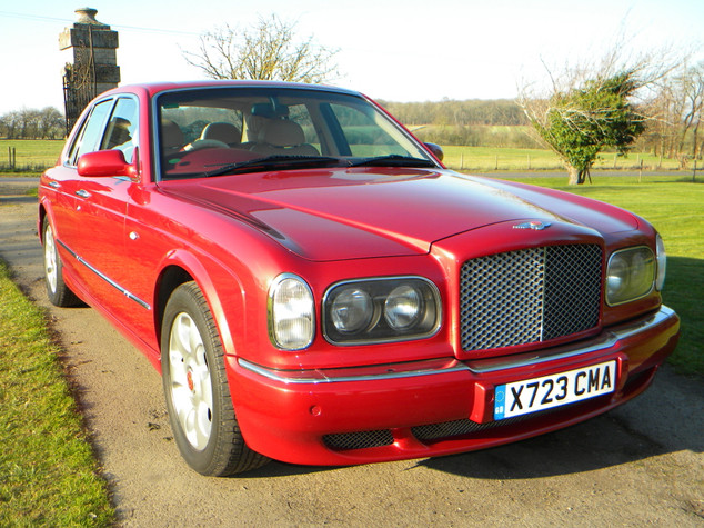 2000_Bentley_Arnage_Fireglow_1.jpg