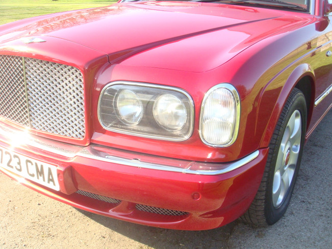 2000_Bentley_Arnage_Fireglow_98.jpg