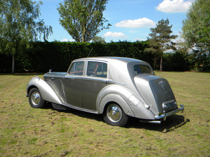 1951_Bentley Mark VI_6.jpg