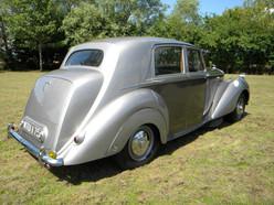 1951_Bentley Mark VI_9.jpg