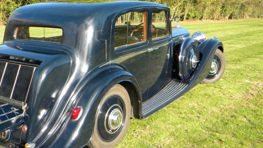 1938 Bentley 4 1/4 Litre Vanden Plas Pillarless Saloon