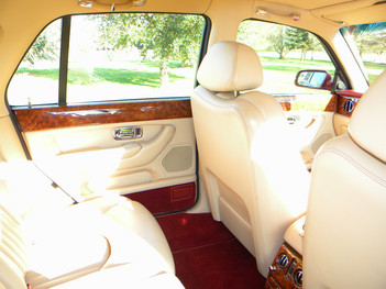 2000_Bentley_Arnage_Fireglow_56.jpg