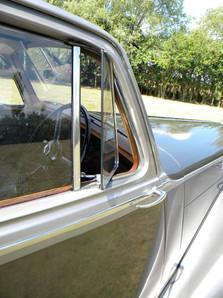 1951_Bentley Mark VI_63.jpg