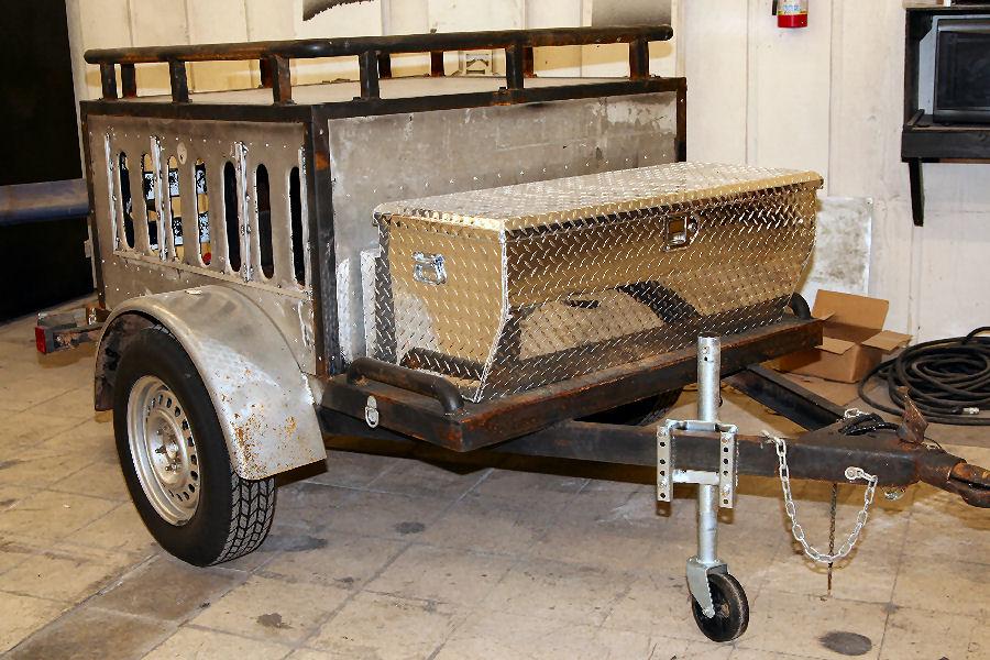 Dogtrailer1.jpg