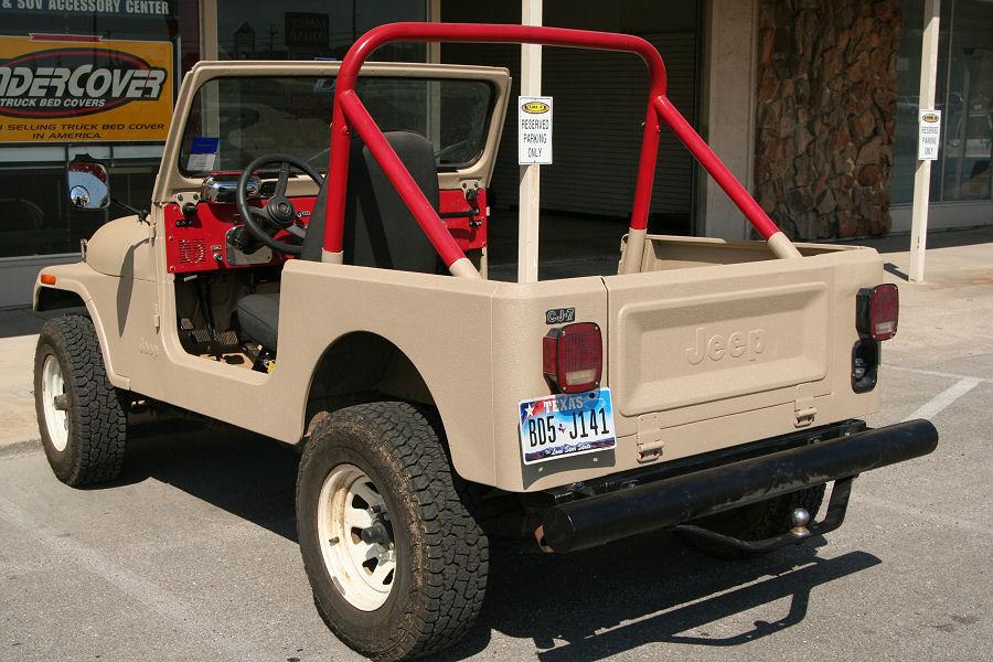 JeepBeige1.jpg