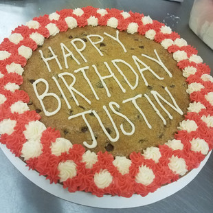Cookie Cake + Extra Icing Border + Alt. Icing Border - $36