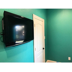 Welcome Home _picsbyash__W🔩O📺R🔌K🔨 #wallmountit #Houston #home #theater #custom #tv #install #mou