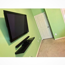 Welcome Home__W🔩O📺R🔌K🔨 #wallmountit #Houston #home #theater #custom #tv #install #mount #LED #sa