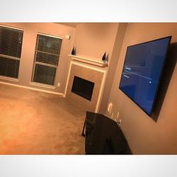Welcome Home _W🔩O📺R🔌K🔨 #wallmountit #Houston #home #theater #custom #tv #install #mount #LED #sa