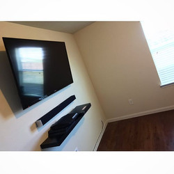Welcome Home _brandon_tipps _W🔩O📺R🔌K🔨 #wallmountit #Houston #home #theater #custom #tv #install