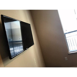 Welcome Home _iamrobinerene _W🔩O📺R🔌K🔨 #wallmountit #Houston #home #theater #custom #tv #install