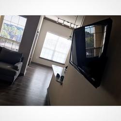 Welcome Home _b_stigg9 _W🔩O📺R🔌K🔨 #wallmountit #Houston #home #theater #custom #tv #install #moun