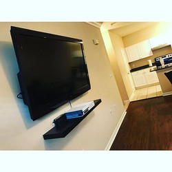 Welcome Home ____youngster _W🔩O📺R🔌K🔨 #wallmountit #Houston #home #theater #custom #tv #install #