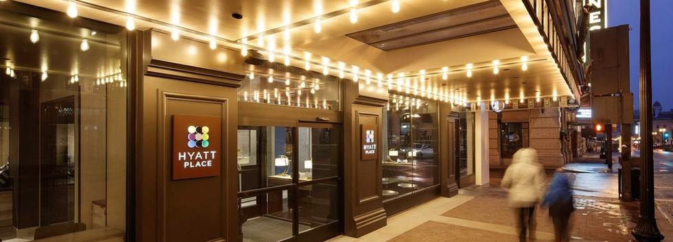 Hyatt-Place-Knoxville-Downtown-P003-Exte