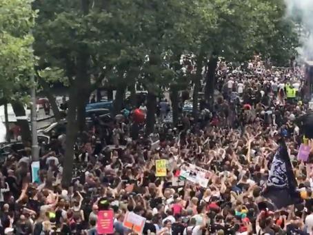 Weltweite Proteste gegen den grünen Gesundheitspass - allein in Frankreich in 200 Städten