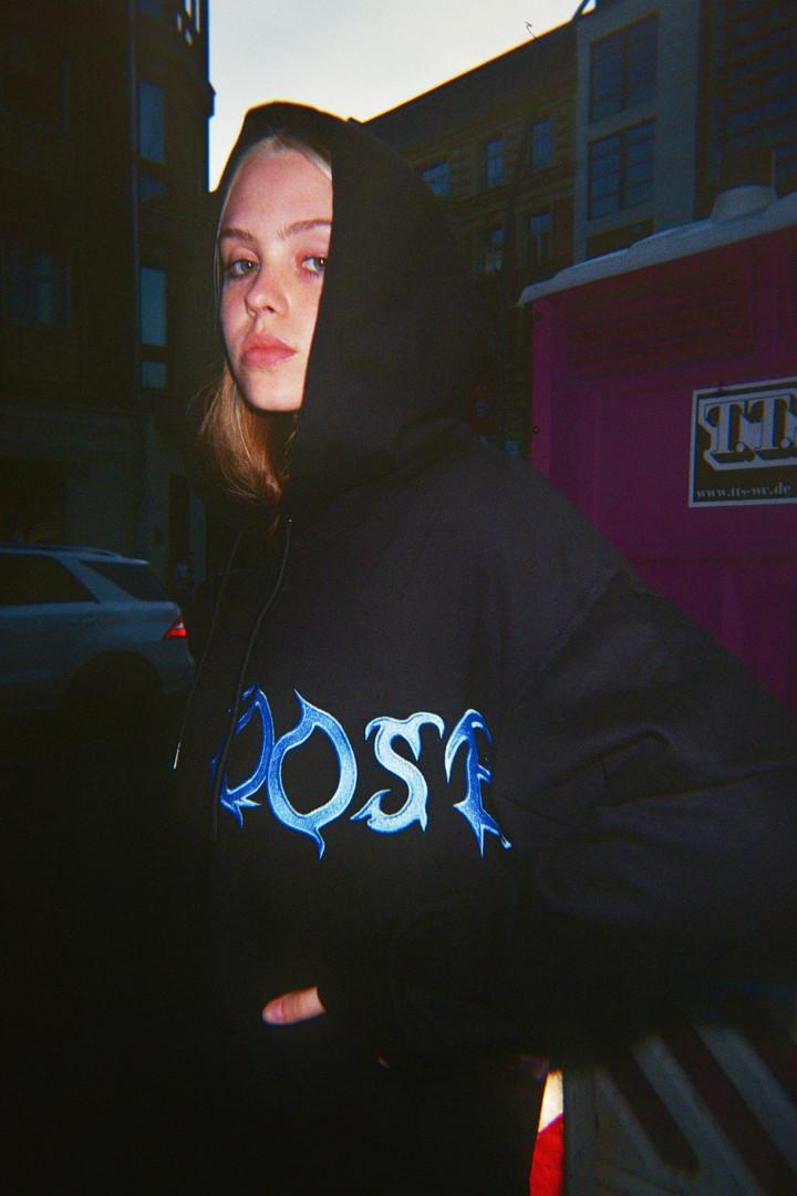 LOOSE blue
