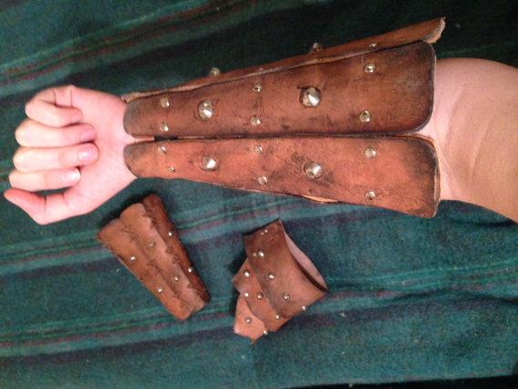 Bracers Detail