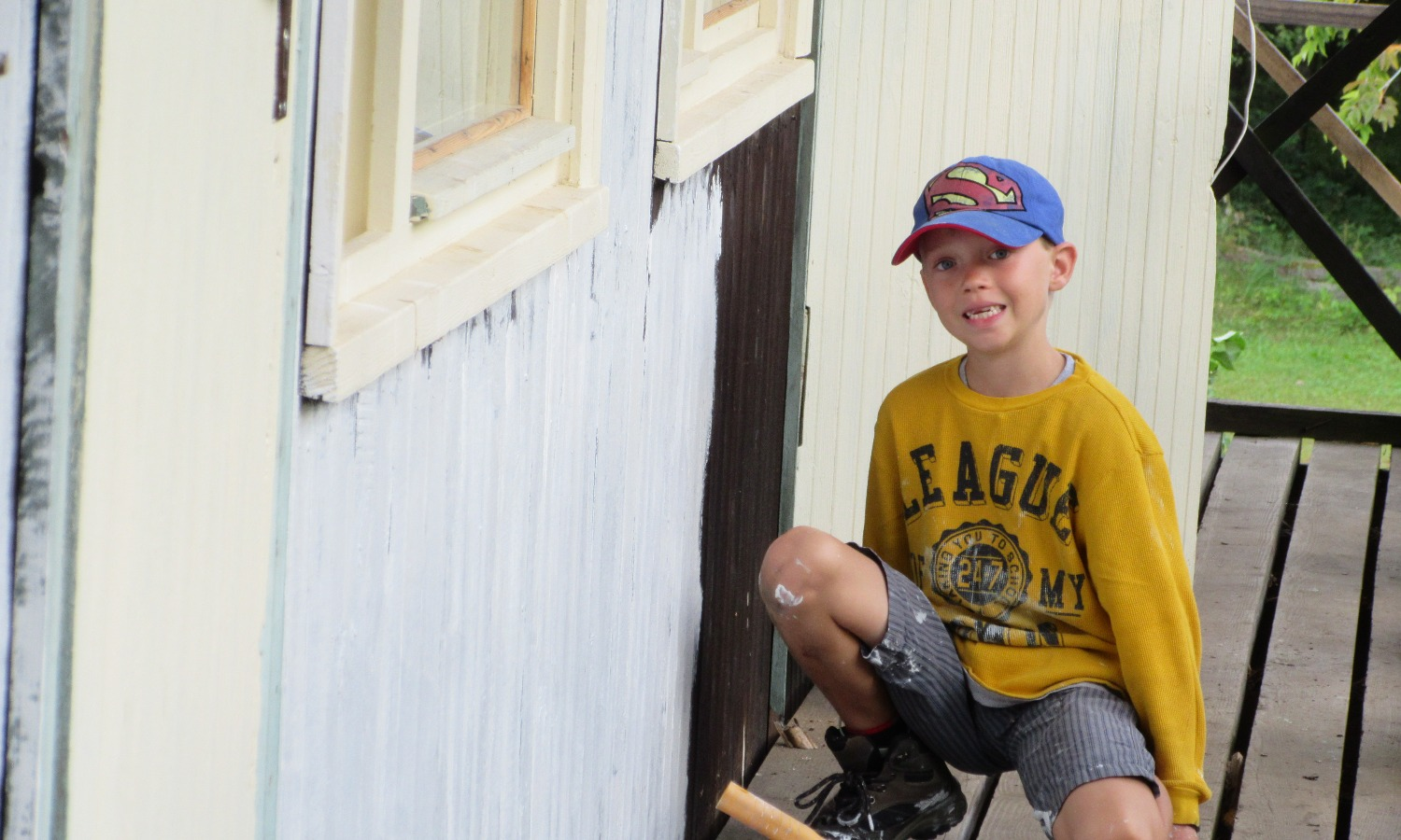Joey painting primary bld