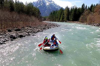 Rafting-Abenteuer-Allgäu---Nervenkitzel.
