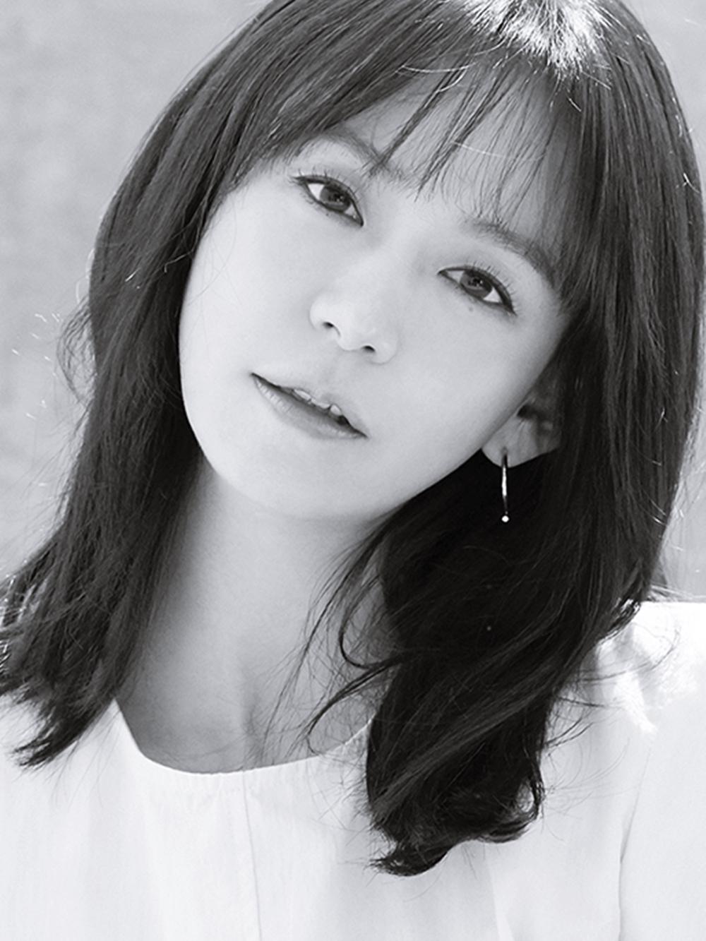 심이영 SIM YI YOUNG