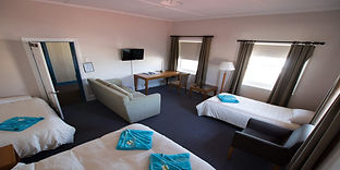 Victoria-hotel-large-family-room-a.jpg