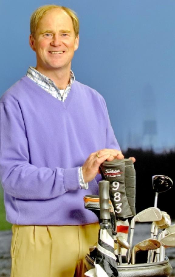 Der Pro im Golfclub