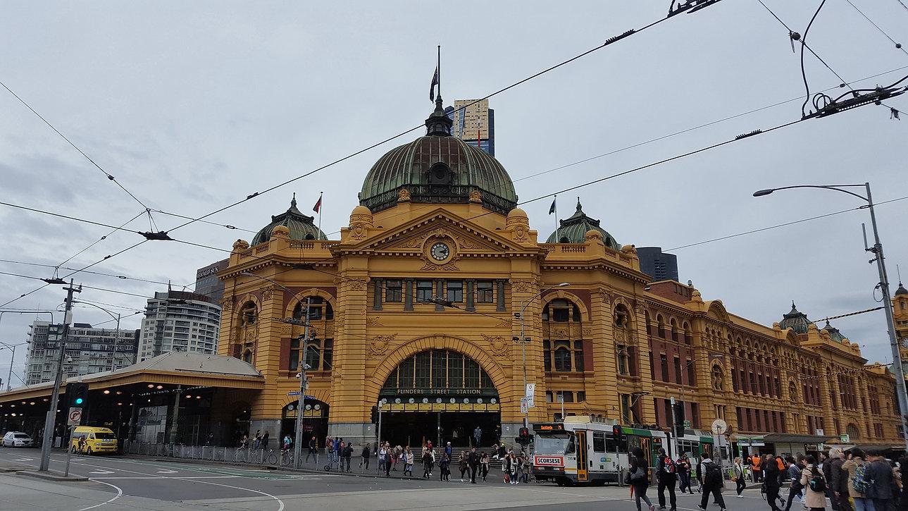 central-station-2661255_1920.jpg