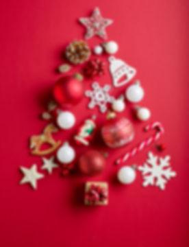 various-christmas-decorations-PQ9YBFF.jp