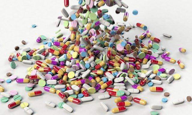 טיפול אנטיביוטי הינו גורם להופעת דלקות בדרכי השתן