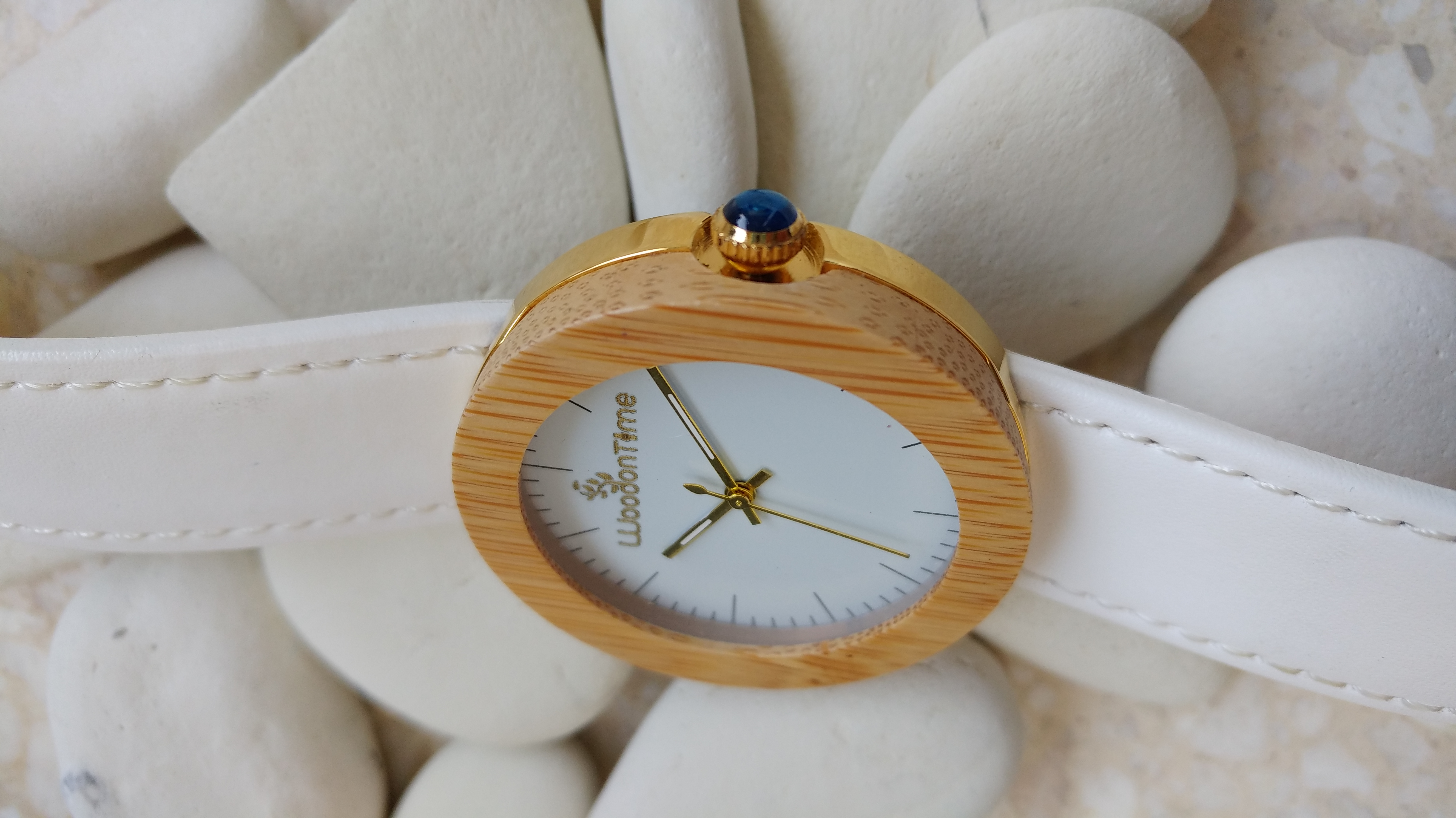 Perfect White by Wood On Time