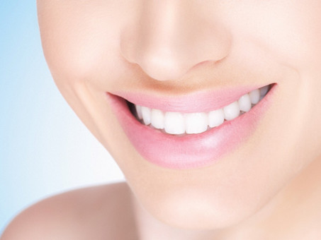 Talk to the Dentist About Tooth Whitening