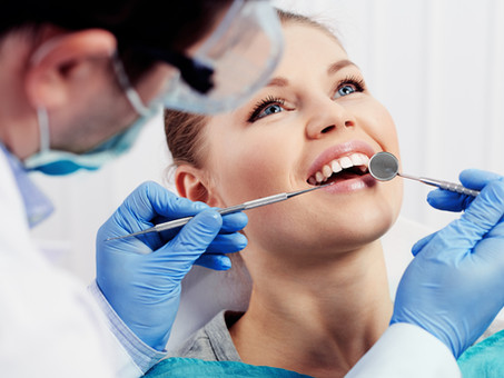 When to see your Periodontist about your Dental Implants