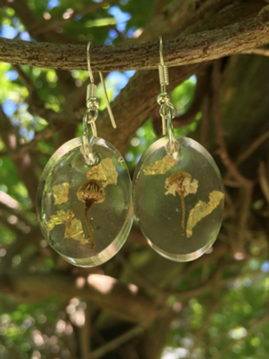 Chamomile and gold leaf tiny oval earrings