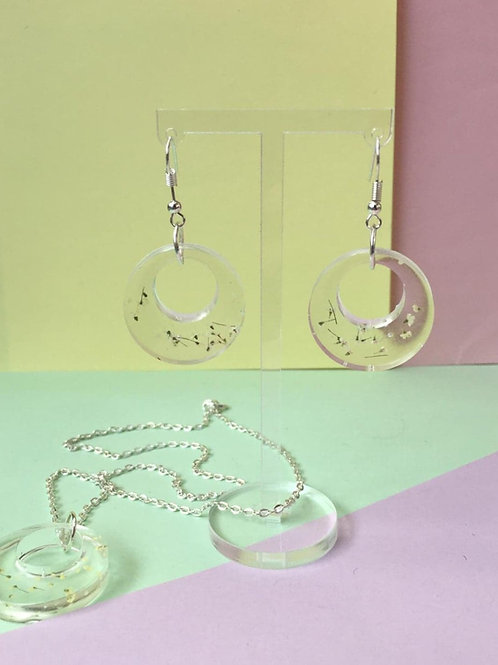 Queen Anne's lace Set (Earrings and Necklace)