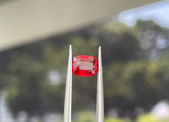 1.01Ct Red Spinel