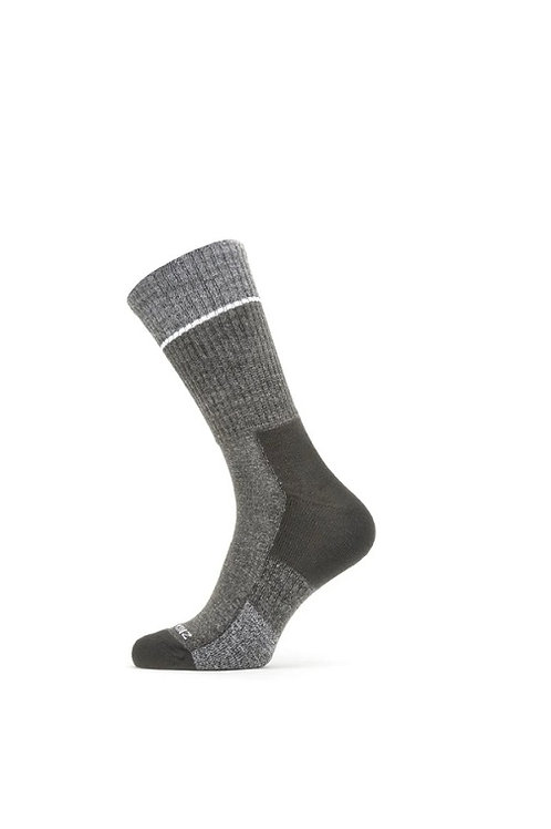 SEALSKINZ BLACK/GREY SOLO QUICKDRY MID LENGTH SOCK