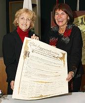 Signature de la Charte d'engagement pour la concertation - Mmes Marie-Noëlle Guédon et Chantal Deschamps