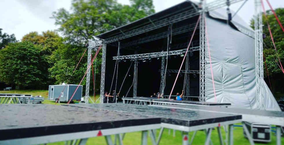 090 Outdoor Stage Hire UK.jpg