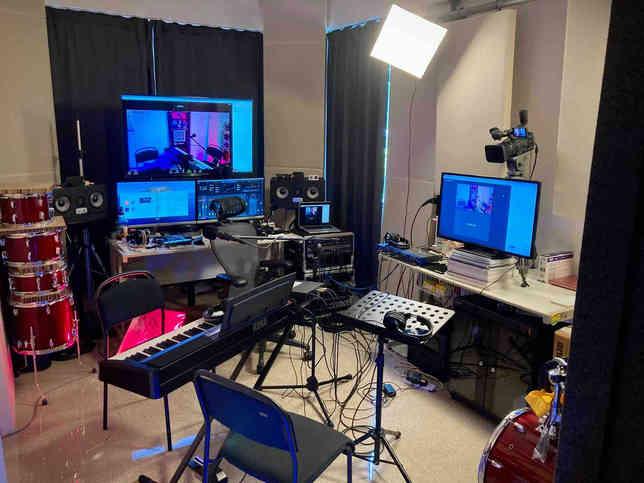Streaming camera & screen setup