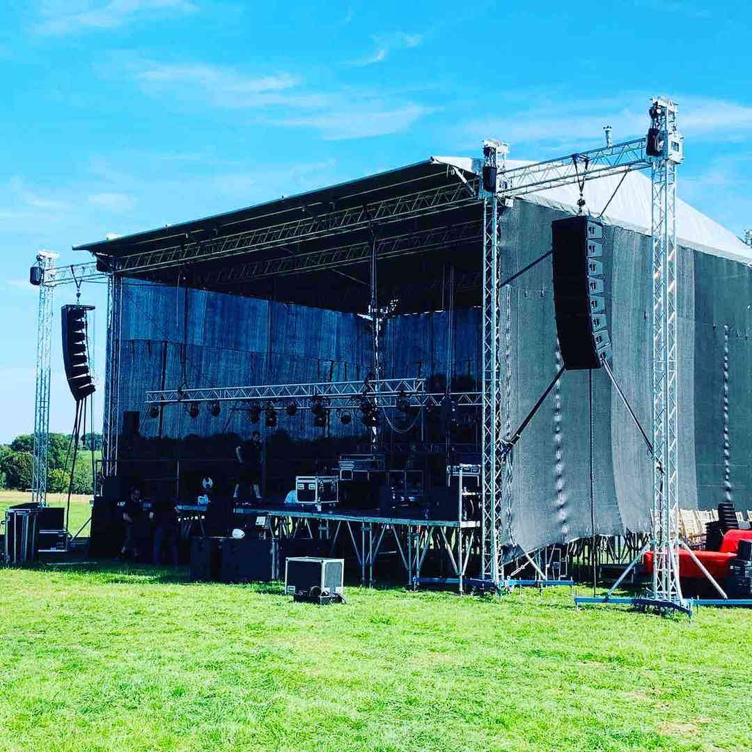 070 Outdoor Stage Hire.jpg