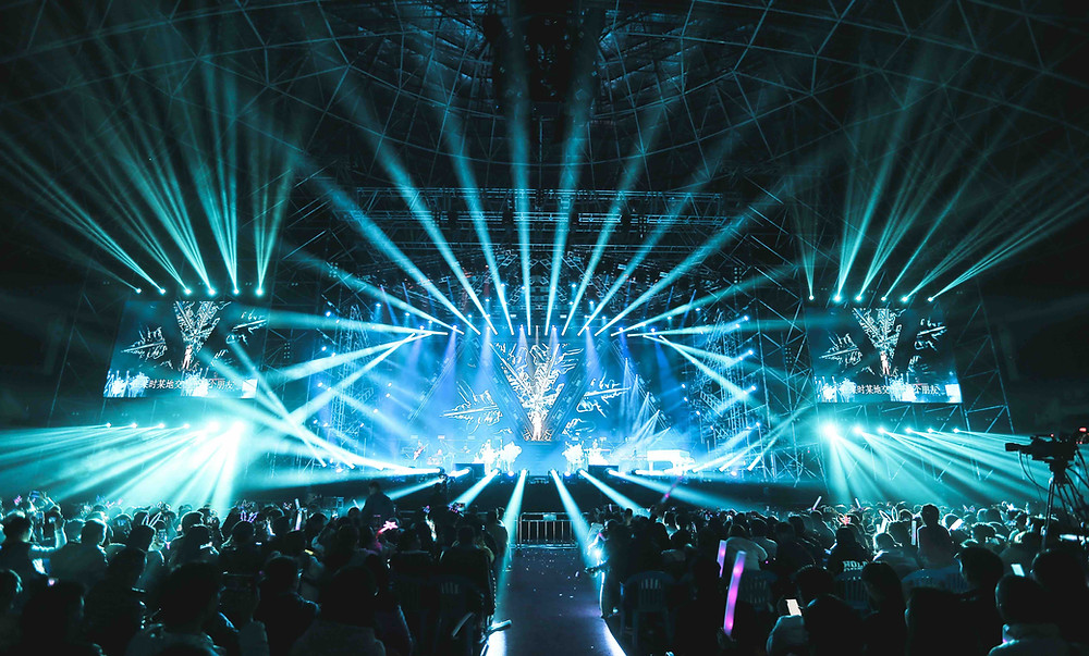 On Tour Events Explains What Audio Visual AV Hire Is
