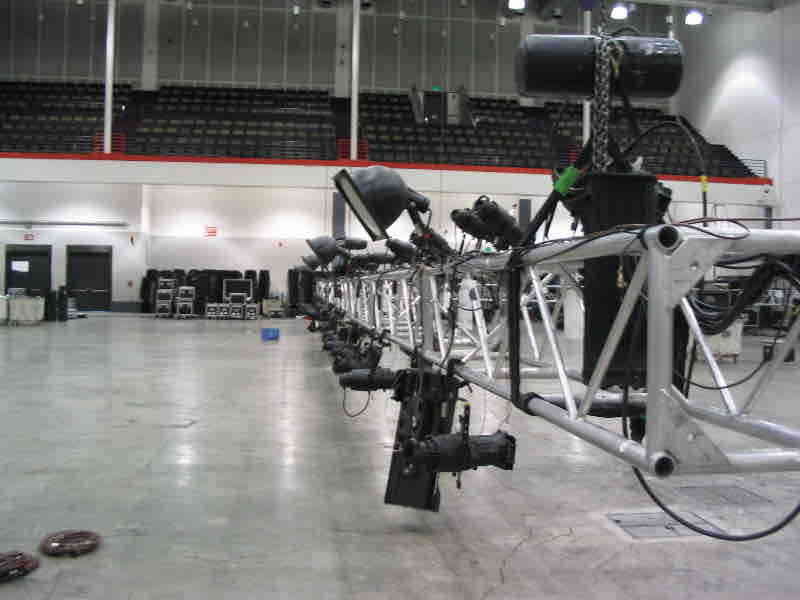 079 Exhibition Truss Hire London.jpg