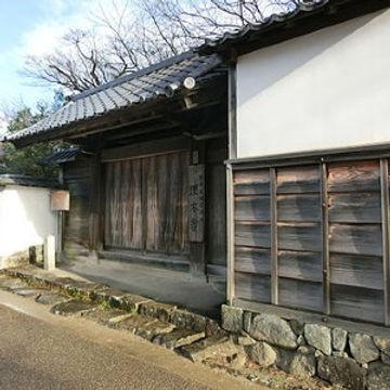 450px-Umoregi-no-ya_01square.jpg